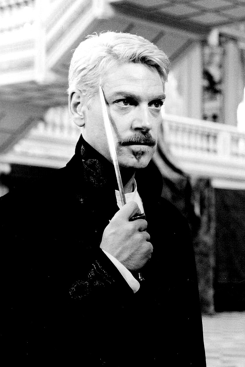 comparing bennetts hamlet with branaghs hamlet Hamlet is visited by his father's ghost (paul scofield), who asks him to seek revenge for his murder in order to find out who the real killer is, hamlet stages a theatrical scene resembling his.